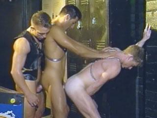 Sexo en grupo con cachondos gay